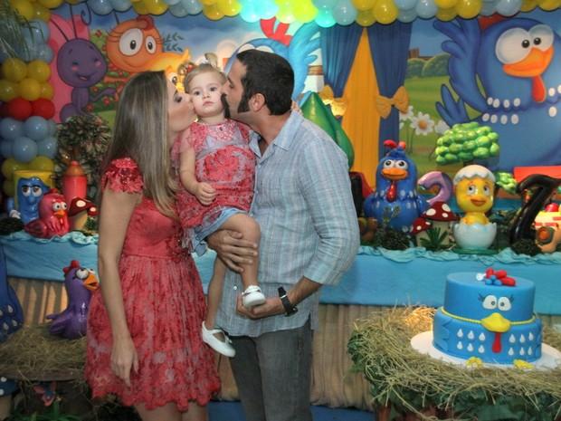 Iran Malfitano comemora aniversário da filha, Laura, no Rio (Foto: Daniel Pinheiro/R2 - Divulgação)