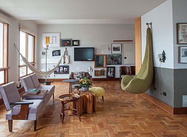 mesa de centro, Walter Fagundes, decoração, quadros, sala de estar (Foto: Gui Morelli/Editora Globo)