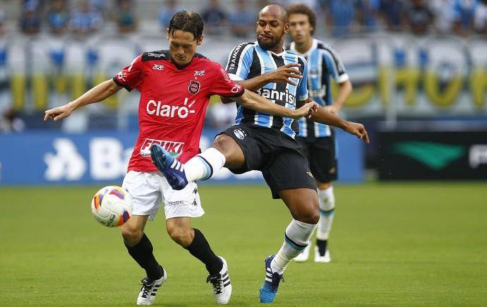 Fellipe Bastos Márcio Hahn Grêmio Brasil de Pelotas (Foto: Lucas Uebel/Grêmio)