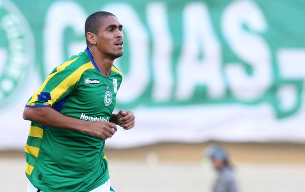 Ramon gol Goiás (Foto: André Costa / Ag. Estado)