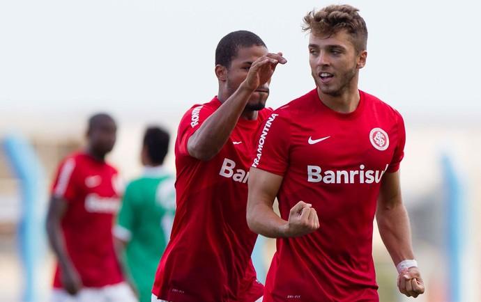 Claudio Winck gol Internacional (Foto: Jeferson Guareze / Agência Estado)
