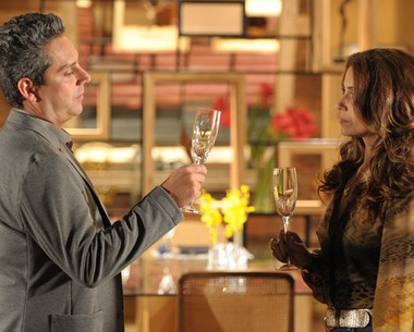 Nero em cena de 'Salve Jorge' com Giovanna Antonelli (Foto: Divulgação/ TV Globo)