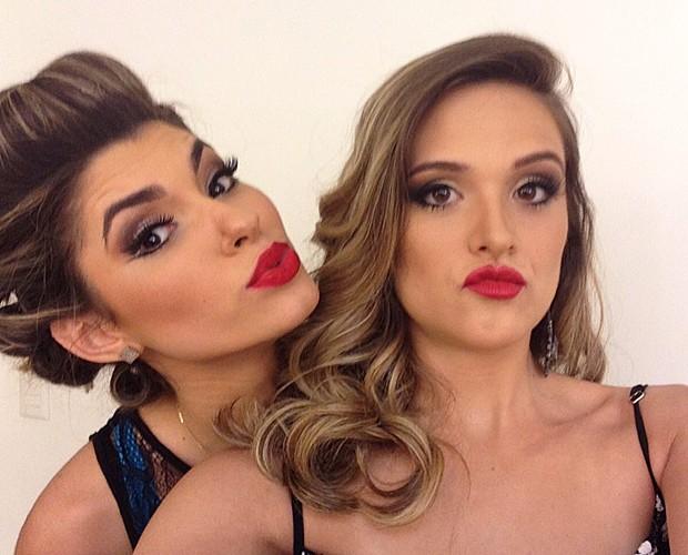 Ana Paula Guedes e Juliana Paiva fazem bico (Foto: Gshow)