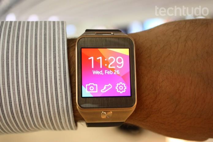 Em breve será possível ler livros de forma acelerada em smartwatches da Samsung, como o Galaxy Gear 2 (Foto: Allan Melo/TechTudo)