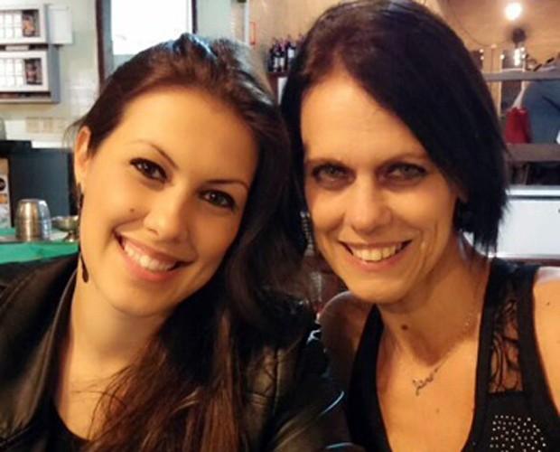 Rachel Drodowsky compartilha foto toda sorridente ao lado da mamãe! (Foto: Arquivo Pessoal)
