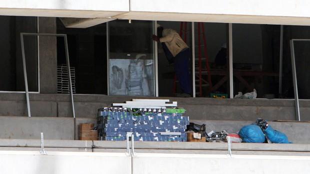arena do grêmio camarotes vidros obras (Foto: Lucas Uebel/Grêmio FBPA)