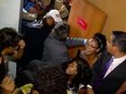 Assembleia aprova aumento do ICMS e mudança em auxílios para alunos