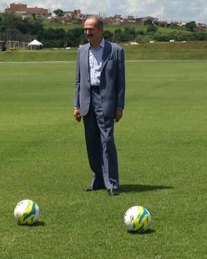 Aldo Rebelo, ministro do esporte, Atlético Sorocaba, Copa do Mundo, Argélia, Sorocaba (Foto: Natália de Oliveira)