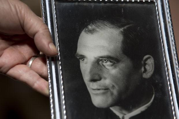 Clelia Luro de Podestá foi casada por cerca de 35 anos com o ex-bispo Podestá (Foto: Natacha Pisarenko/AP)