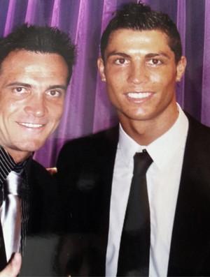 Falcão divulga foto com Cristiano Ronaldo no microblog Twitter (Foto: Divulgação)