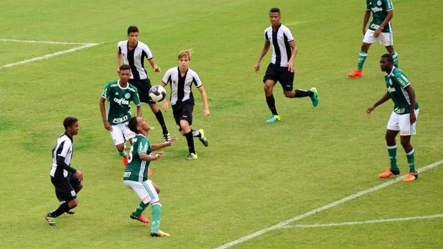 Palmeiras x Santos - Campeonato Paulista Sub-15 2016 2016 - globoesporte.com 2a1441de9db19