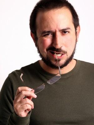 Luiz Biajoni, autor do livro A Comédia Mundana (Foto: Karen Bassetti)