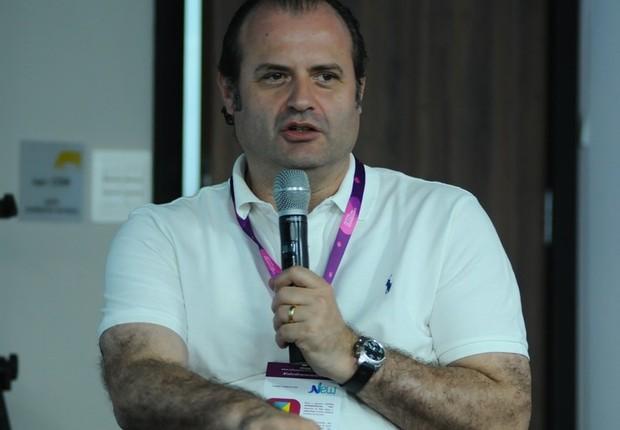Magnus Arantes, sócio e gerente das operações brasileiras da NXTP LAbs, fala no Festival de Cultura Empreendedora (Foto: Rafael Jota/Editora Globo)