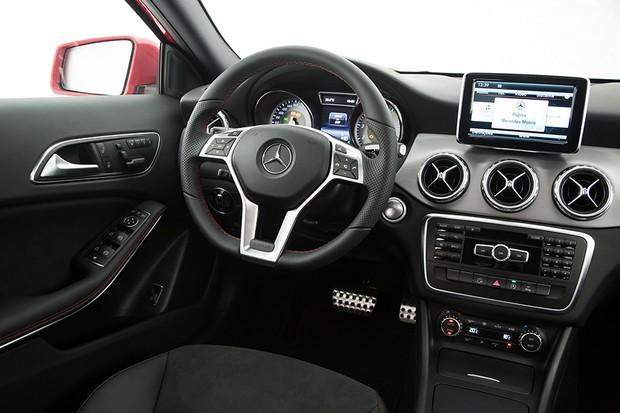 Mercedes-Benz GLA 250 Sport (Foto: Divulgação)