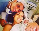 """Após dar à luz, ex-miss musa do vôlei posta foto com o filho: """"Meu príncipe"""""""
