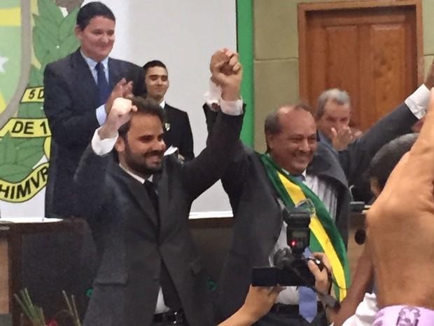 Tião Miranda disse que sofre de depressão mas, pelo clamor popular, voltou atrás da decisão de renunciar para assumir prefeitura de Marabá (Foto: Marcio Novaes / TV Liberal)