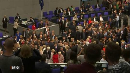 Parlamento aprova casamento gay na Alemanha