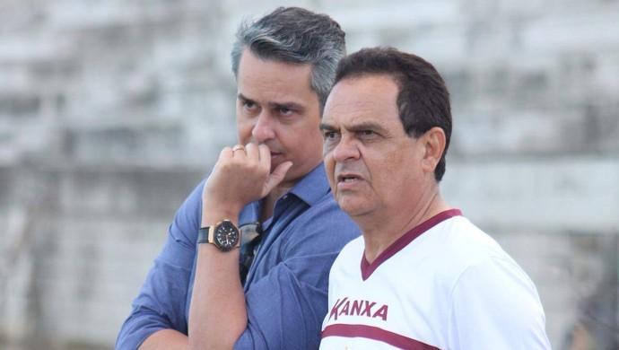 Francisco Diá - técnico do América-RN e Beto Santos - presidente do América-RN (Foto: Canindé Pereira/América FC)