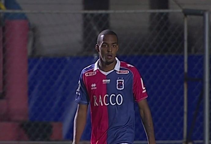 Luiz Felipe Paraná Luverdense (Foto: Reprodução/ Premiere)
