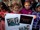 Pais pedem punição um ano após mortes em escola paquistanesa
