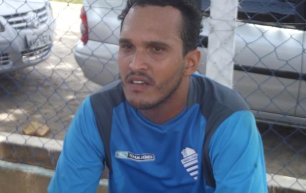 Goleiro Jorge Miguel já chegou ao CSA (Foto: Caio Lorena / Globoesporte.com)