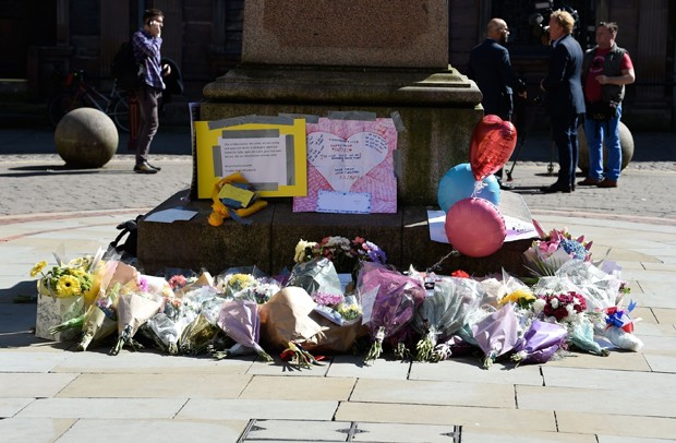 Homenagem em Londres após ataque a bomba após show de Ariana Grande (Foto: AKM-GSI)