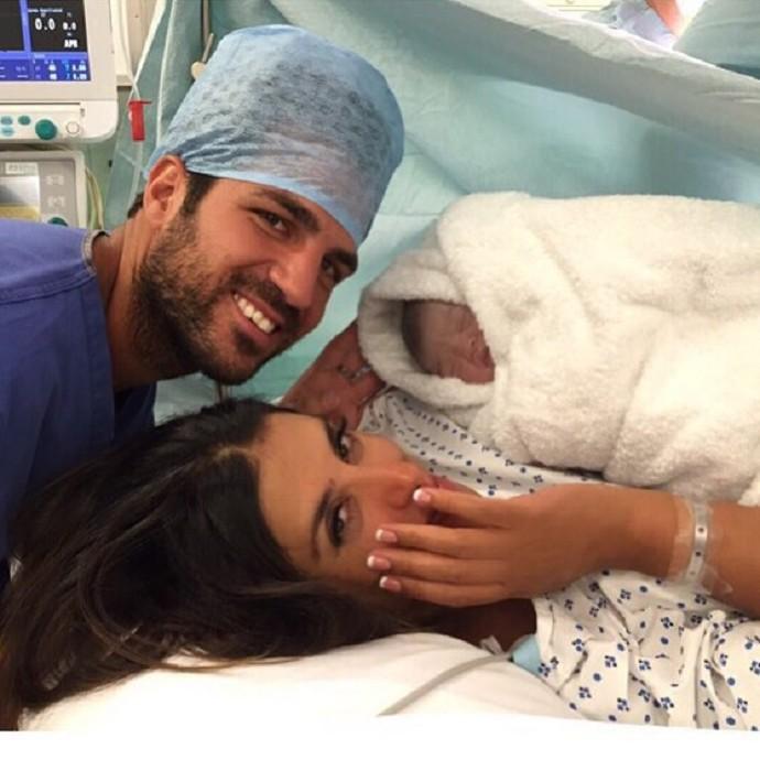 BLOG: Pai pela segunda vez: Fàbregas registra nascimento de sua filha Capri