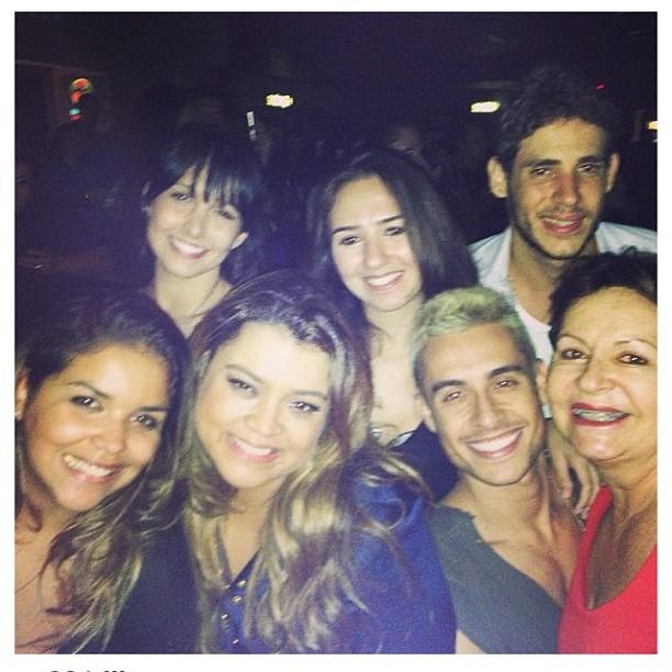 Preta Gil, Thiago Tenório e amigos (Foto: Instagram / Reprodução)