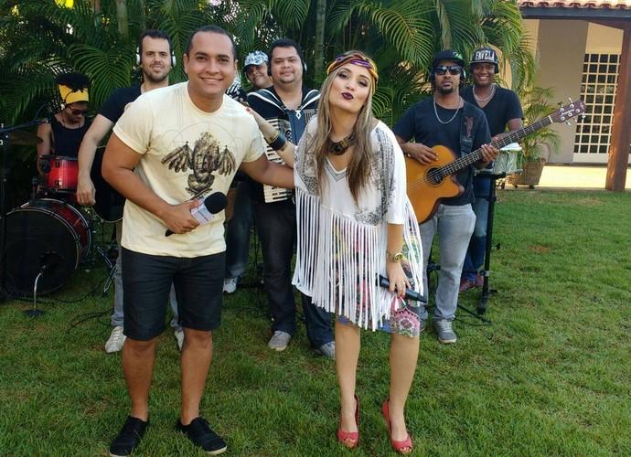 A baiana Larissa Carvalho foi a convidada do Levando um Som  (Foto: Reprodução / TV Sergipe)
