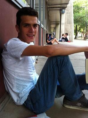 Daniel Campos Soares, de 21 anos, quer estudar computação  (Foto: Ana Carolina Moreno/G1)