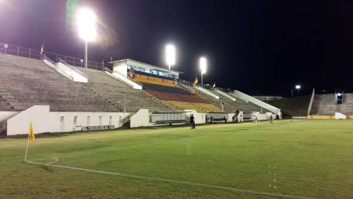 RN - Estádio Barretão, em Ceará-Mirim (Foto: Jocaff Souza/GloboEsporte.com)