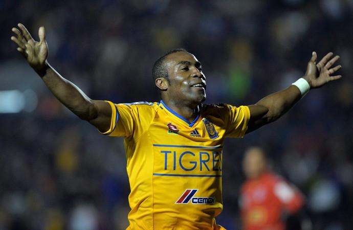 Joffre Guerrón Tigres 3 x 0 Juan Aurich Libertadores (Foto: EFE)