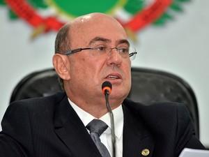 José Riva foi solto há três dias e voltou à Assembleia Legislativa (Foto: Maurício Barbant/ AL-MT)