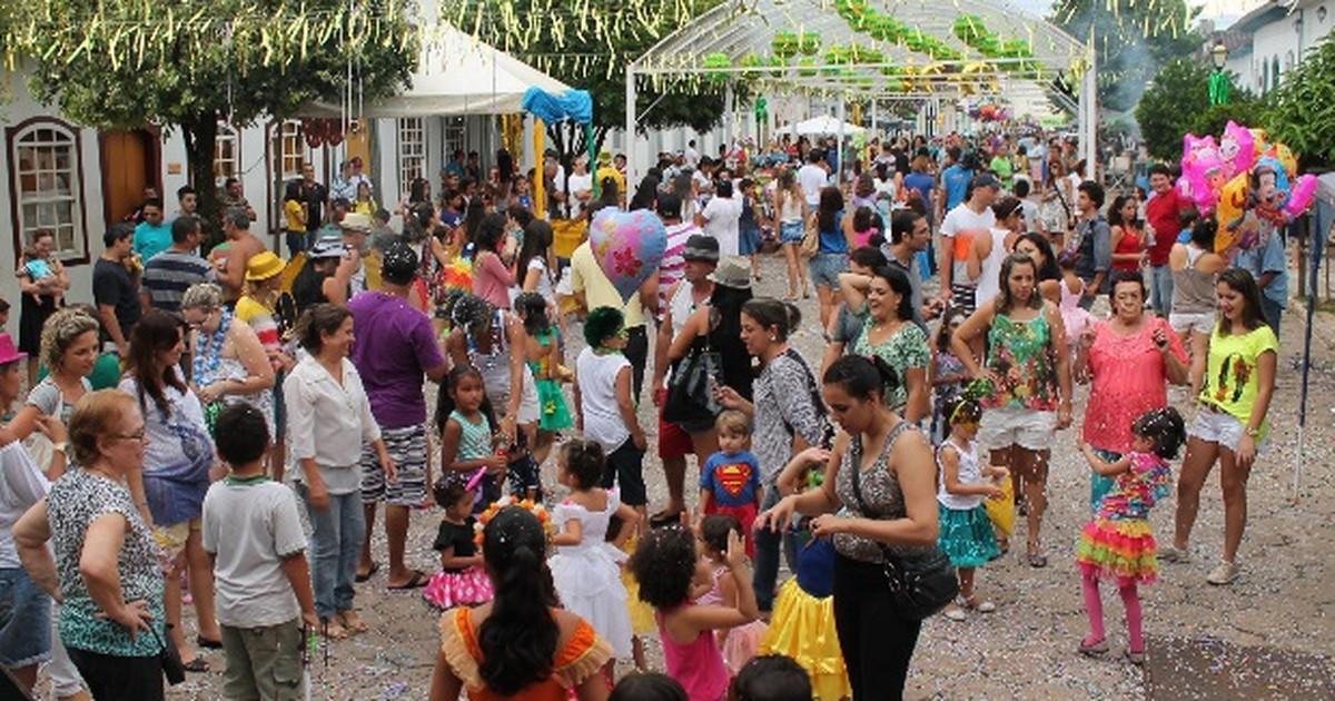 Tradicionais marchinhas vão animar o carnaval de Pirenópolis, GO - Globo.com