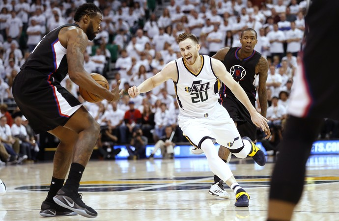 Gordon Hayward Jazz x Clippers NBA (Foto: Reuters)