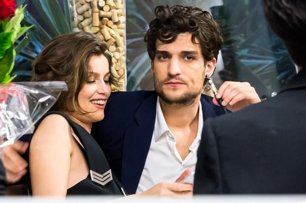Louis Garrel com a namorada Laetitia Casta (Foto: Manuela Scarpa / Brazil News)