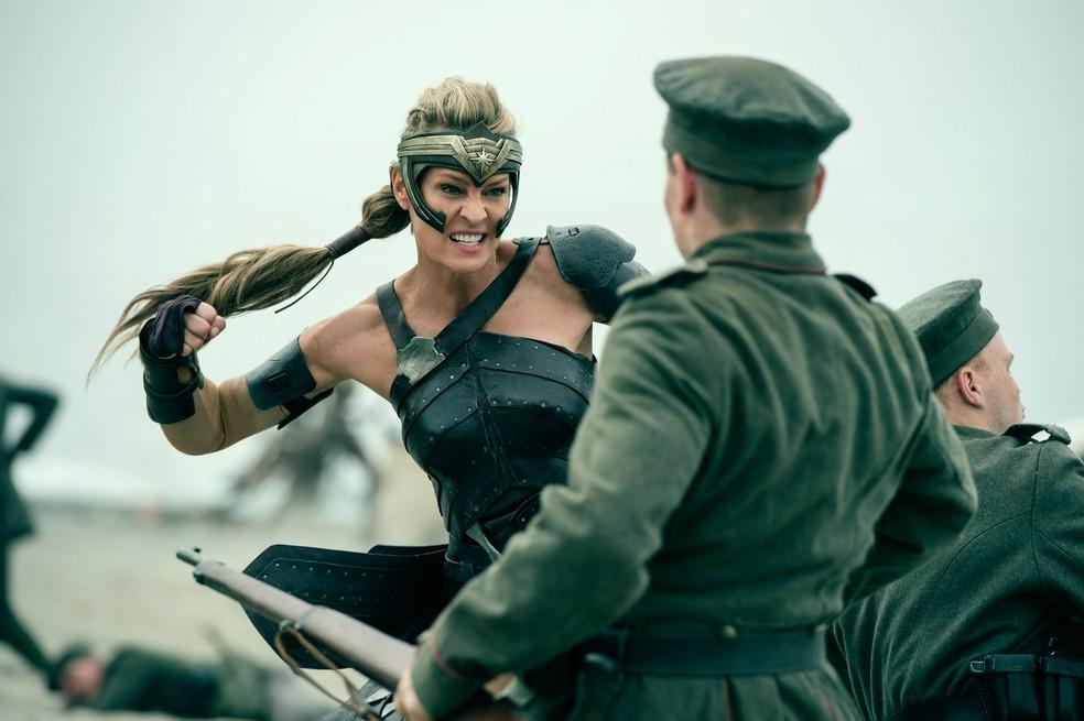 Robin Wright em 'Mulher Maravilha' (Foto: Divulgação)