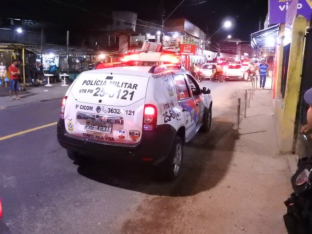 Fato ocorreu no início da noite deste sábado (29) (Foto: Gabriel Machado/G1 AM)