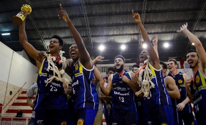 São José Basquete Sub-22 campeão paulista (Foto: Danilo Sardinha/GloboEsporte.com)
