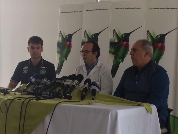 medicos chapecoense (Foto: Leonardo Lourenço)
