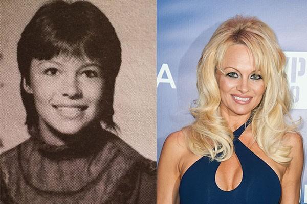 As plásticas pelas quais Pamela Anderson se submeteu devem ter sido as grandes causadoras da grande mudança na aparência da atriz desde seu anuário (Foto: Reprodução e Getty Images)