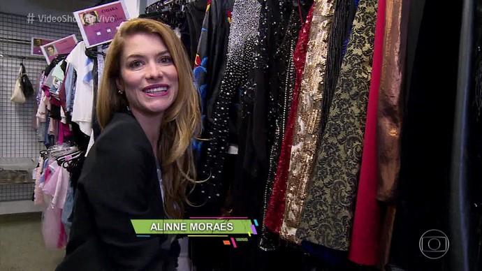 Aline diz que Diana mescla peças básicas com sofisticadas (Foto: TV Globo)