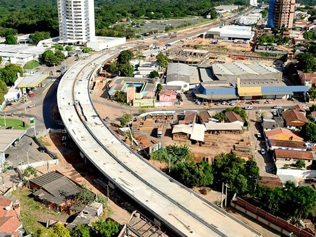 Viaduto do Despraiado em Cuiabá (Foto: Marcos Vergueiro/Secom-MT)