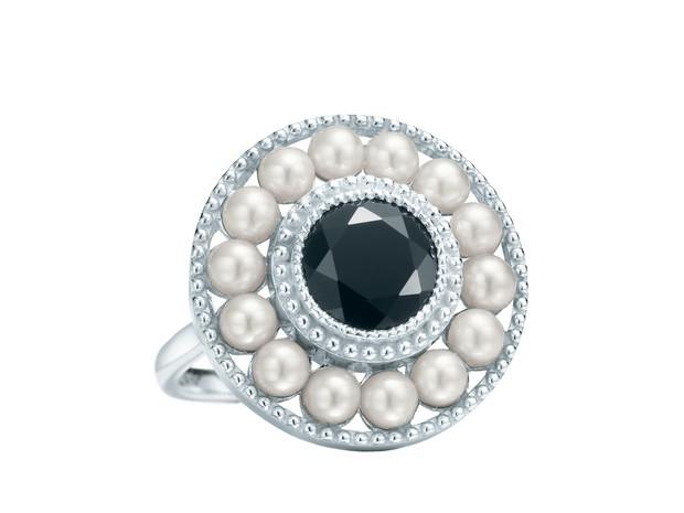"""Joia da Tiffany & Co. inspirada no filme """"O Grande Gatsby"""" (Foto: Divulgação)"""