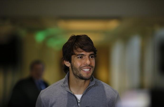 Kaká no hotel da seleção brasileira no Chile (Foto: Leo Correa / Mowa Sports)