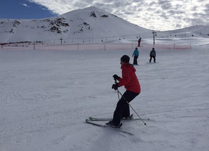 Rafael se arrisca no esqui no Valle Nevado, Chile (Foto: Arquivo Pessoal)