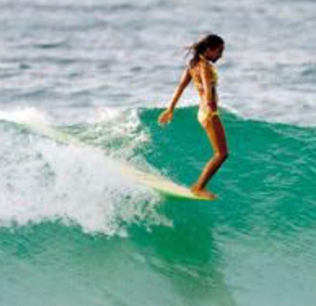 Caroline Bittencourt mostra imagem com meta que quer alcançar no surfe (Foto: Reprodução/Instagram)