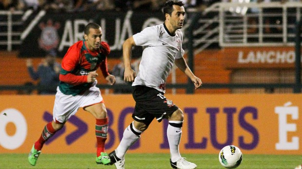 Douglas Portuguesa x Corinthians (Foto: Ale Cabral / Ag. Estado)