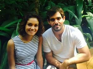 Sophie Charlotte e Juliano Cazarré fazem par romântico (Foto: Isabela Marinho)