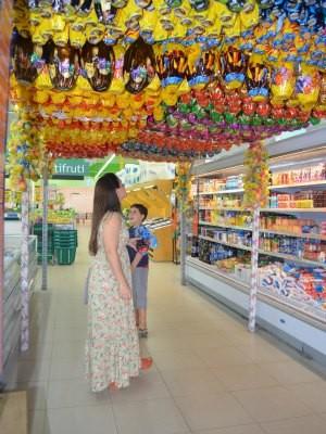 Iraci prefre comprar com antecdência por causa da variedade (Foto: Paula Casagrande/G1)